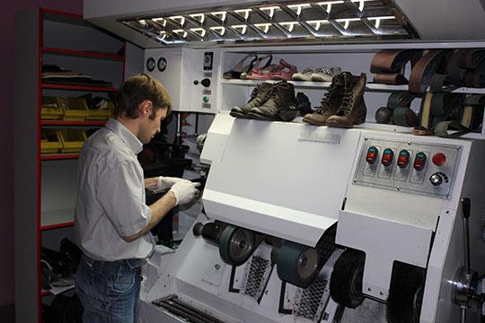 Мастерская по ремонту обуви: для людей среднего достатка
