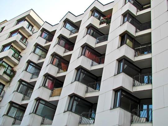 Вложение денег в недвижимость: покупка квартиры