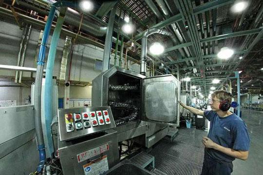 Цех для производства алюминиевых банок